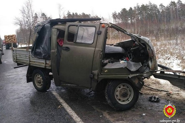 Водитель УАЗ погиб на месте аварии от полученных травм. Фото: sudexpert.gov.by.
