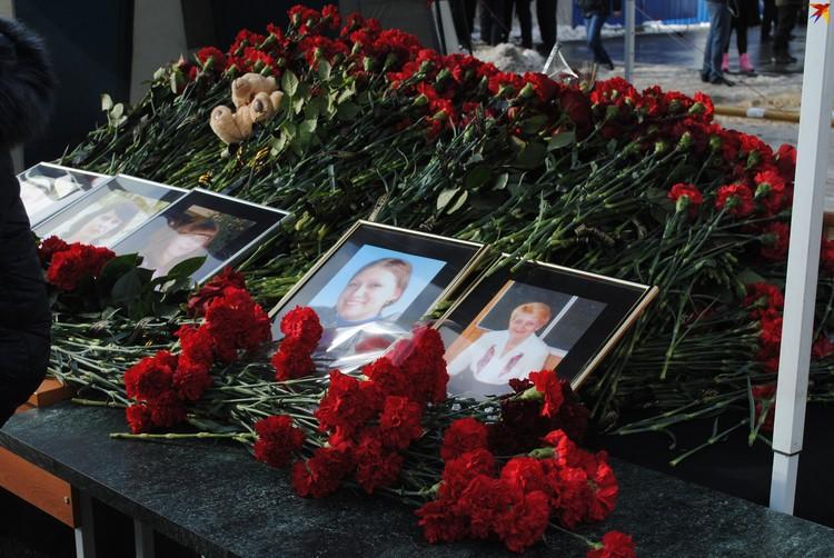 18 января, в Шахтах простятся с семьей Пашутиных. Мать, отца и 25-летнюю дочь похоронят на местном кладбище.
