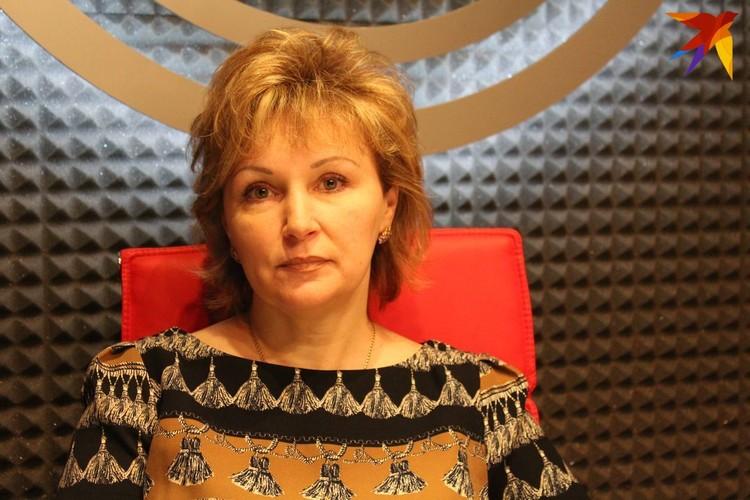 Супруга Константина - Лариса. Женщина говорит, что очень испугалась за своего мужа и собаку во время встречи с участковым.