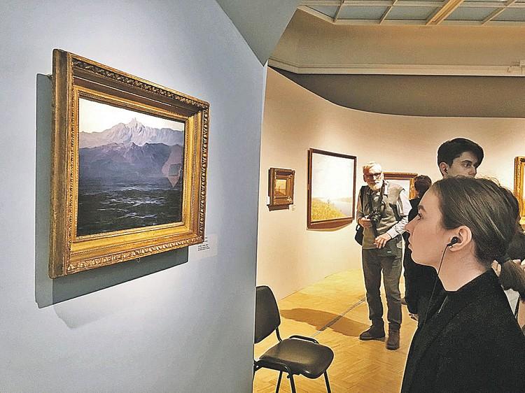 Пейзаж Архипа Куинджи «Ай-Петри. Крым» вернулся на выставку в Третьяковку, а вот смотрительницу зала, которая прозевала кражу, из галереи уволили