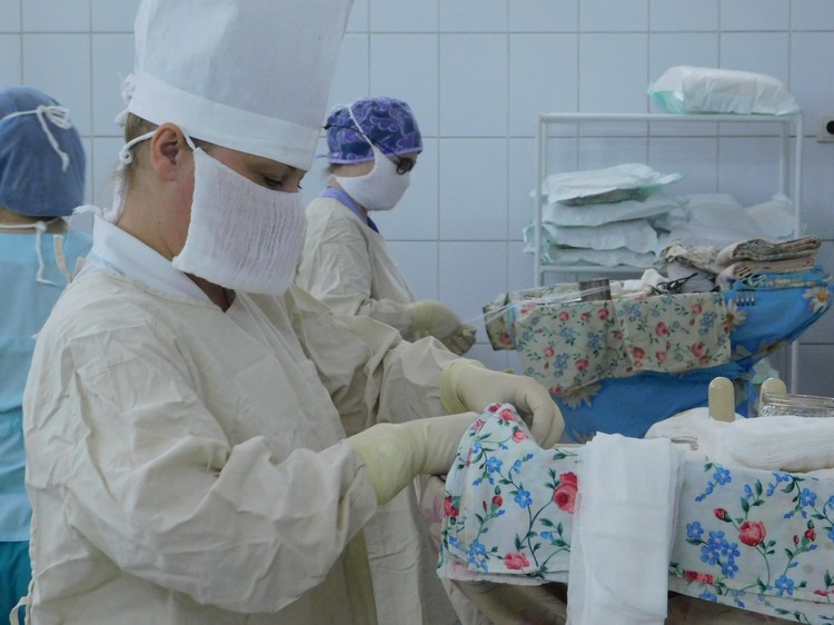 15 февраля - День операционной медсестры