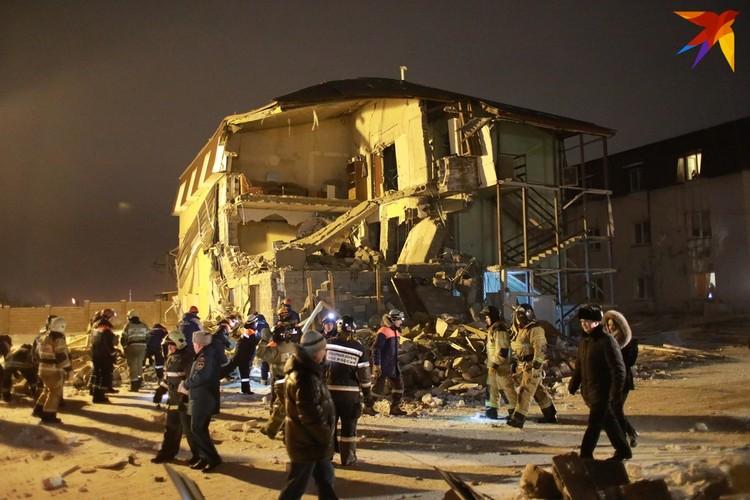 Похоже, от той квартиры, где взорвался баллон, ничего не осталось