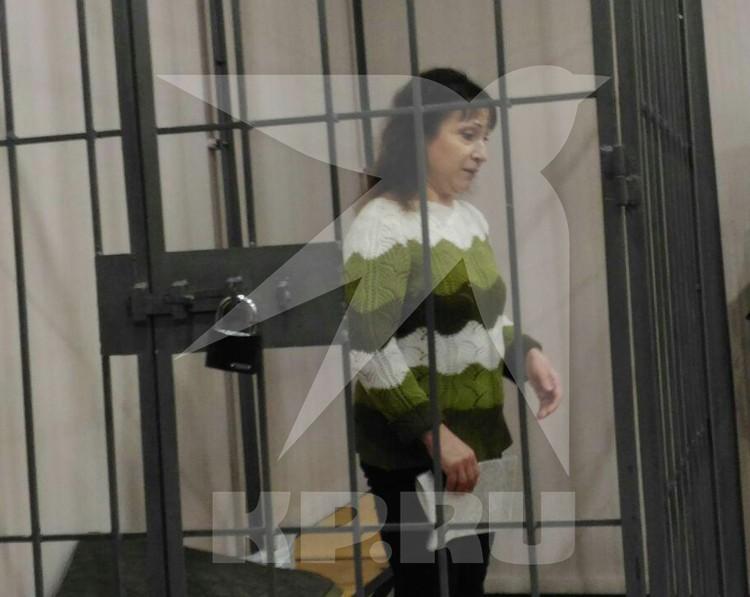 В зале суда Бакшеева вела себя тихо