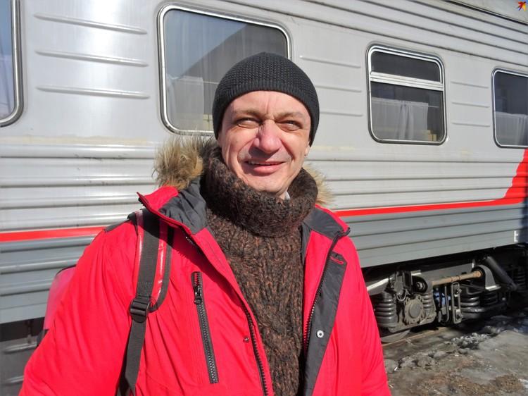 Судмедэксперт Эдуард Туманов вместе с другими специалистами отправился на перевал Дятлова