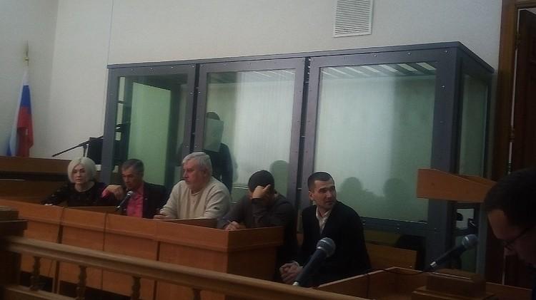 Александр Шуваев (справа) рассказал, что знал о преступления брата и его друга