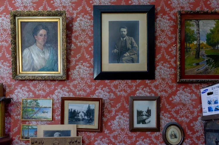Супругой Рене стала Ядвига фон Стурцель, она преподавала в Смольном училище