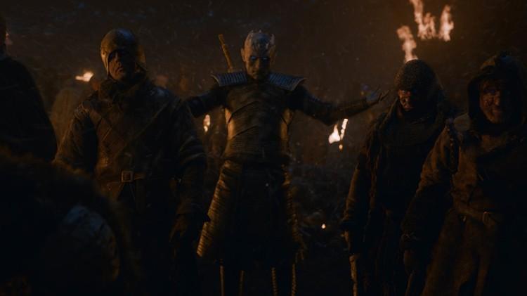 Король Ночи оживляет защитников Винтерфелла