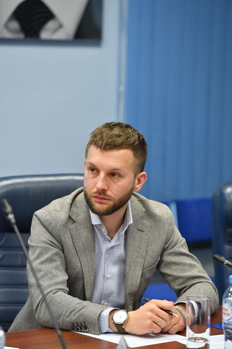 Денис Крючков