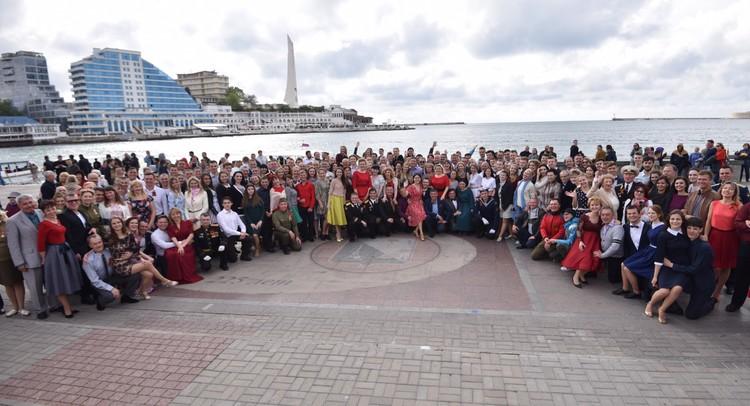 250 участников почтили память героев войны