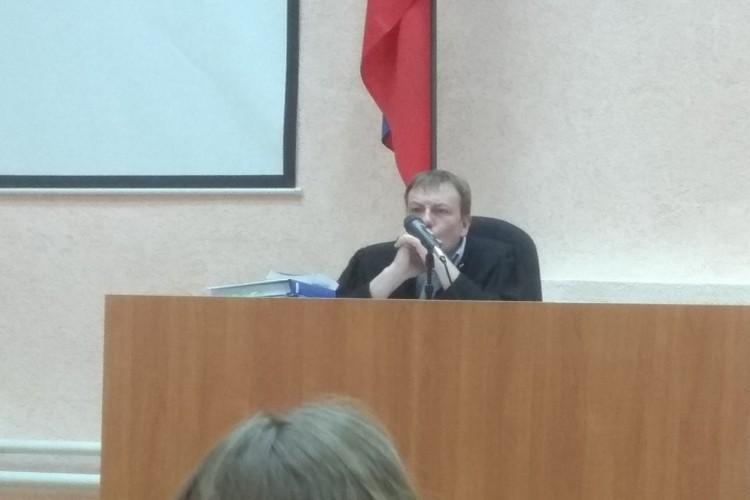 Суд отказал в ходатайстве и не вернул уголовное дело прокурору.