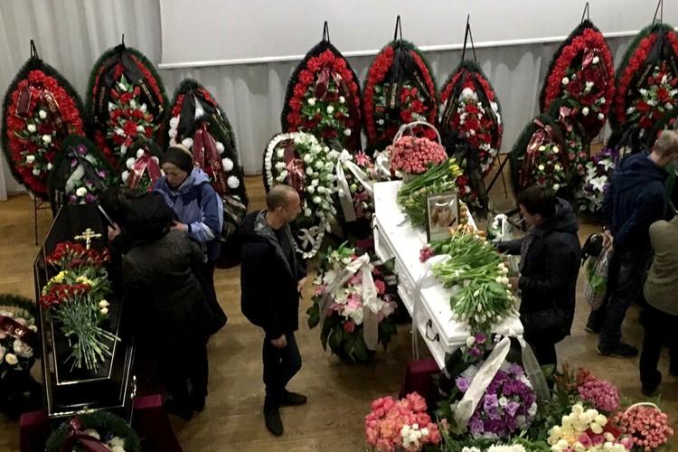 Игорь Крайнов на церемонии прощания.