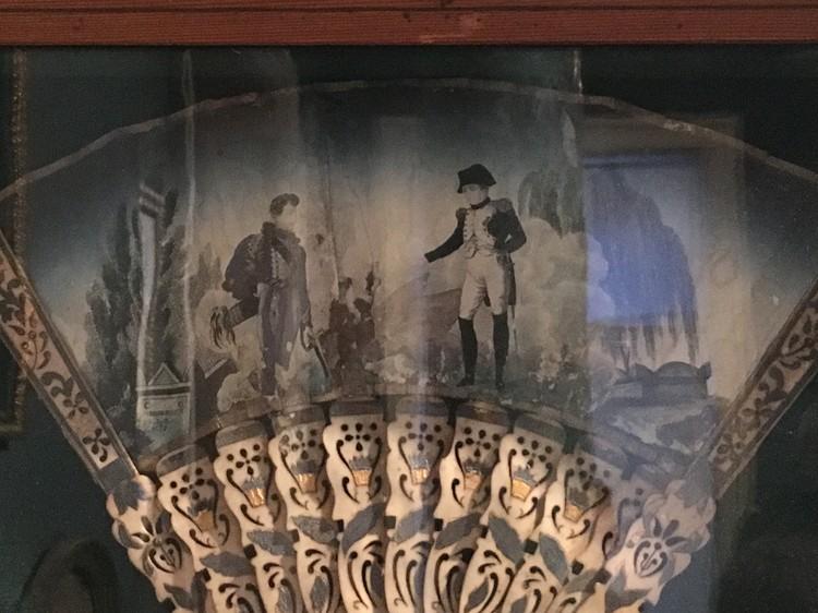 """Веер с аллегорией """"Встреча Наполеона с сыном в загробном мире"""". Из собрания Александра Вихрова. Фото автора."""