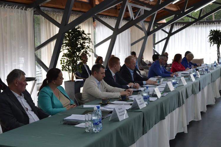 Депутаты Госдумы обсудили перспективы развития туризма в Алтайском крае