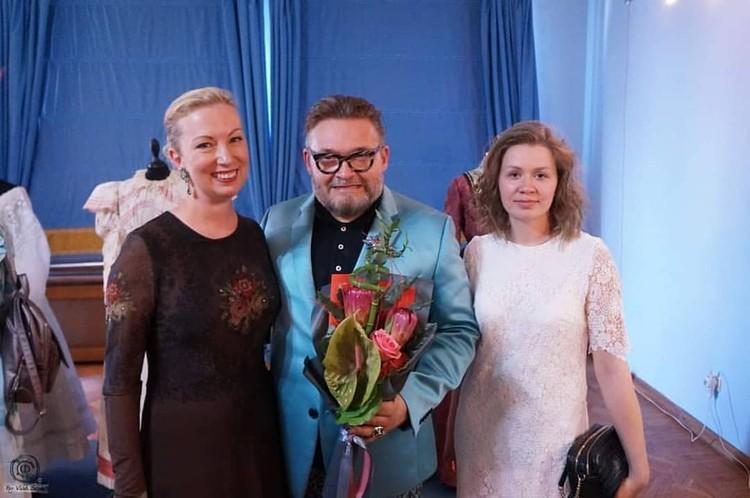 Александр Васильев приехал на открытие выставки