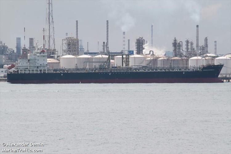 На втором танкере Kokuka Courageus прогремело 3 взрыва\ФОТО: MarineTraffic.com