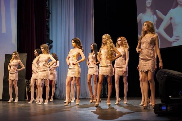 Некоторые девушки зареклись, что больше на подиум ни ногой. Фото: предоставлено Кристиной ВЕЛЬЧЕНКО.