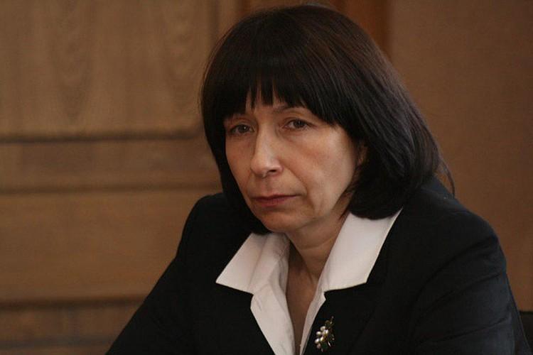 Исполнять обязанности мэра будет Наталья Котова.
