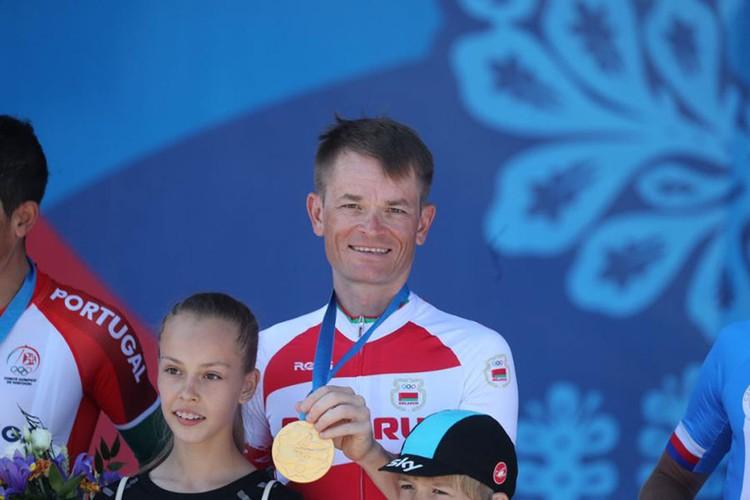 Василий Кириенко выиграл золото в велоспорте. Фото: noc.by