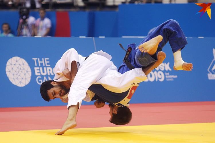 Золото выиграла сборная России.