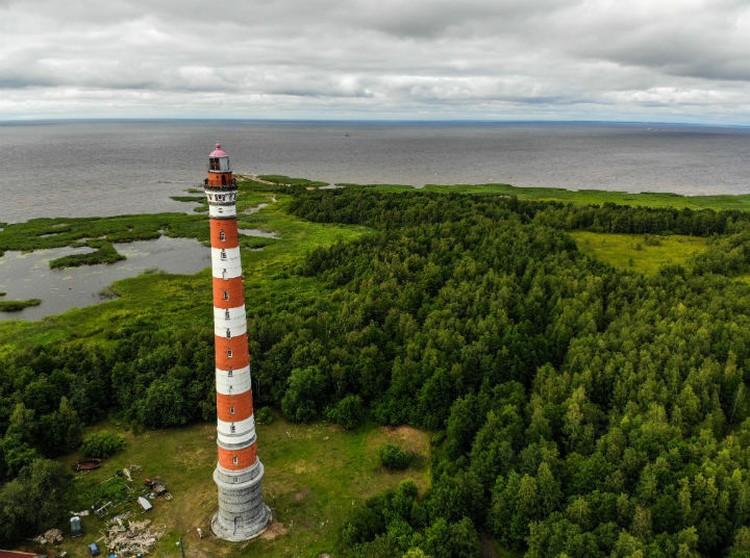 Стороженский маяк — десятый по высоте в мире.