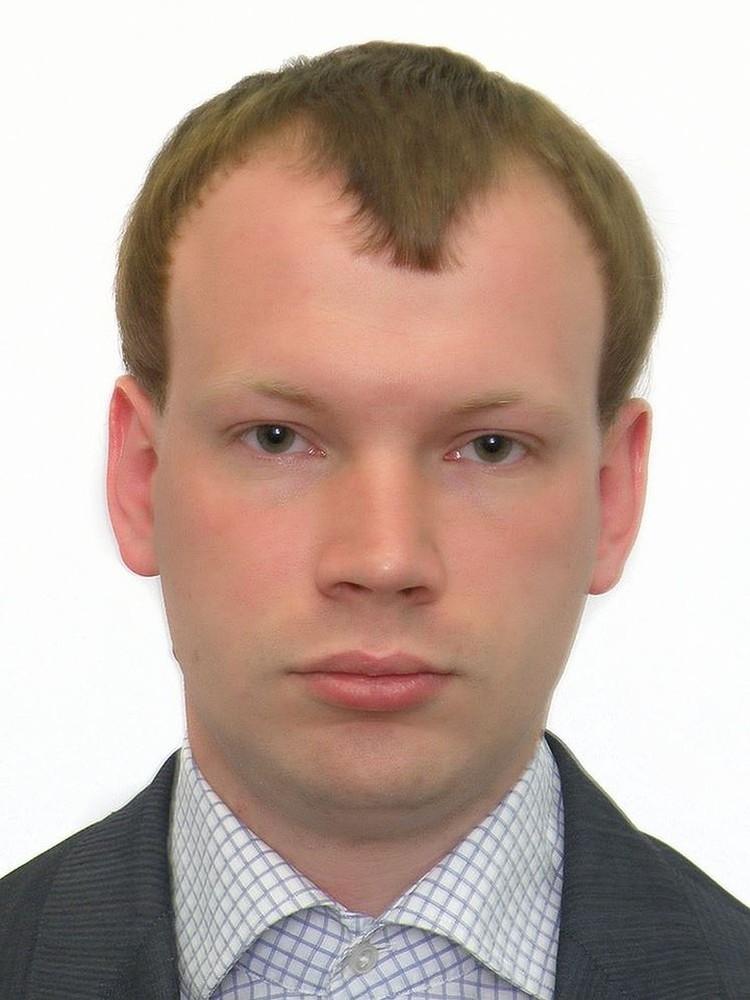 Вот так без маски выглядит Дарт Викторович Вейдер. Фото: ЦИК Украины