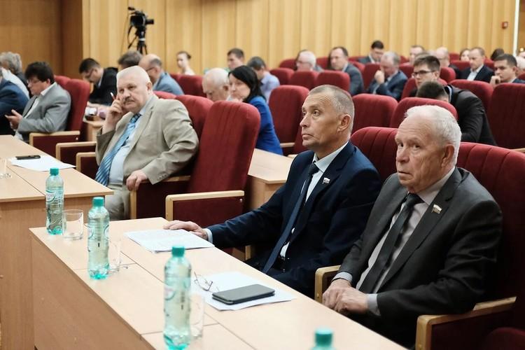 Депутатские слушания прошли впервые в шестом созыве. Фото: zsko.ru