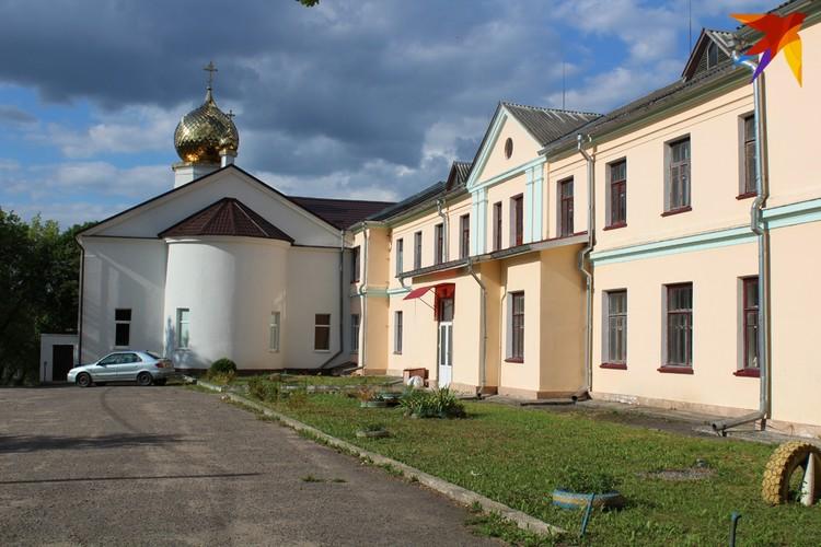 Церковь в Альбертине. Фото: Сергей ЧИГРИН