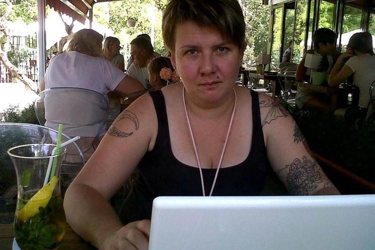 Потенциальных жертв Елена находилась в соцсетях и на форумах. Фото: Следственный комитет