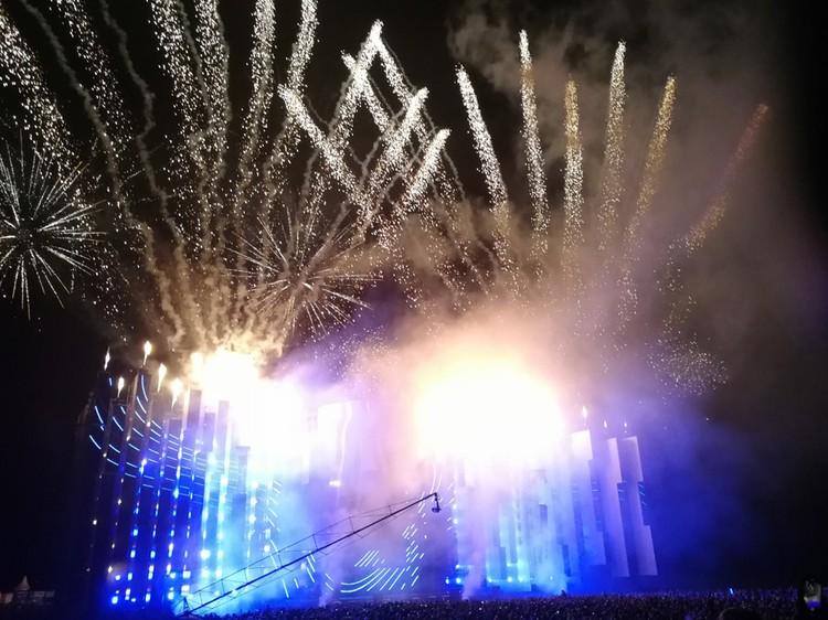 На фестивале светится все. Фото: Ден Коданев