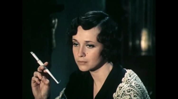 Ирина Печерникова играла мать Кати. Кадр из фильма.