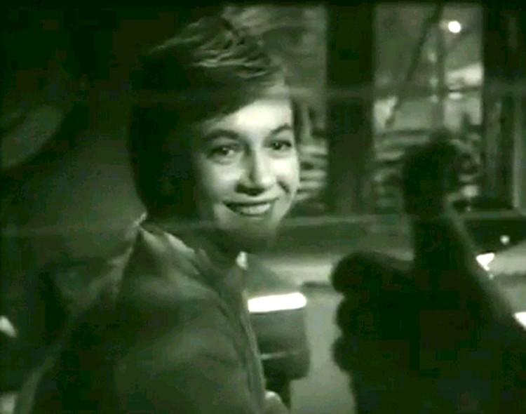 """Александра Назарова в фильме """"Путешествие в апрель"""", 1962 г. Фото kino-teatr.ru"""