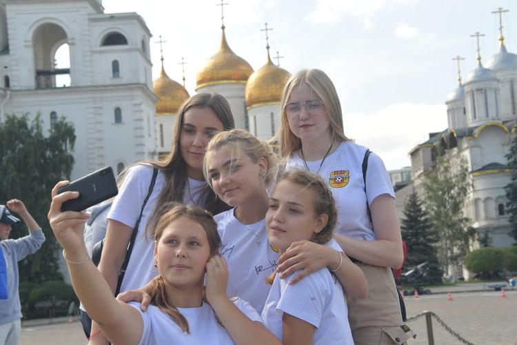 Ребята и представить не могли, что летом посмотрят сразу два Кремля — и в Туле, и в Москве