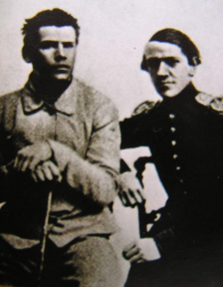 Толстой и его брат Николай перед отправлением на Кавказ, 1851