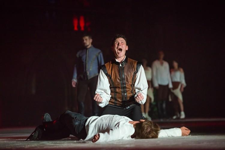 Момент смерти лучшего друга Ромео. Фото: Сергей Радин