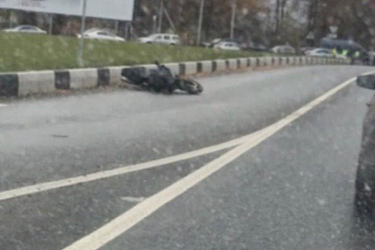 В ходе эксперимента мотоциклист пытался воспроизвести события прошлогодней аварии. ФОТО: Типичный Нижний
