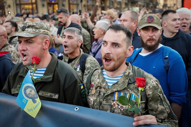 День рождения УПА*, который стал Днем защитника Отечества