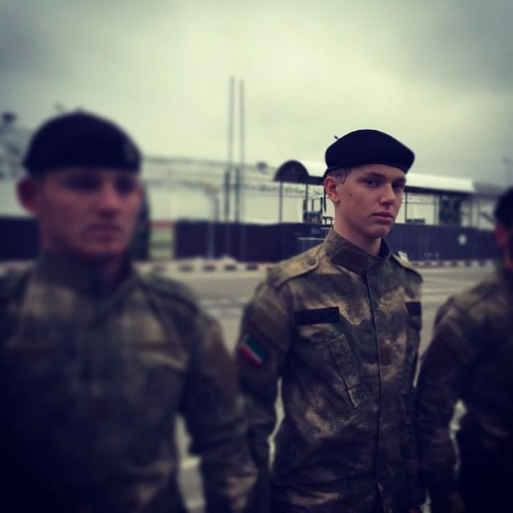 В кадетском корпусе Дени был смел и рассудителен