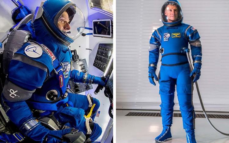 Boeing собирается одевать экипажи своего Starliner в скафандры с неожиданным названием «Боинг голубой»