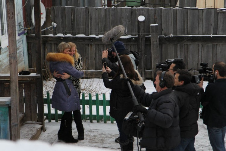 Встреча Джессики Лонг с ее русской мамой до слез растрогала весь мир.