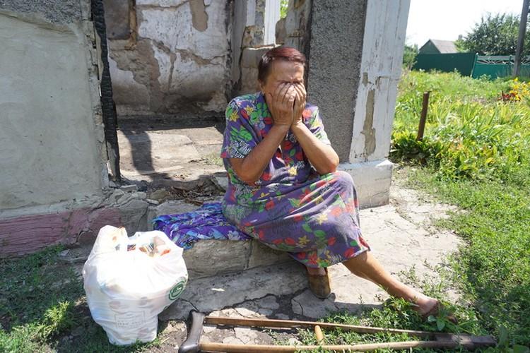 Жизнь людей на окраинах Донецка и вовсе невыносима.