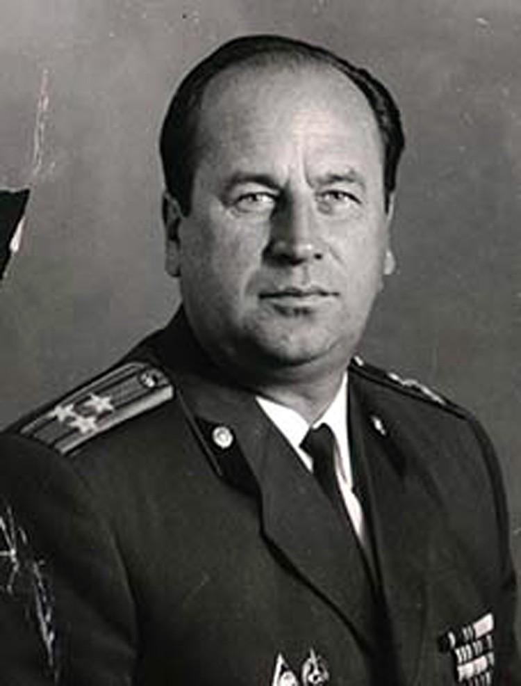Глеб Жеглов, при виде которого дрожала вся шпана, как известно, образ собирательный. Но одним из прототипов стал вполне реальный милиционер Владимир Корнеев