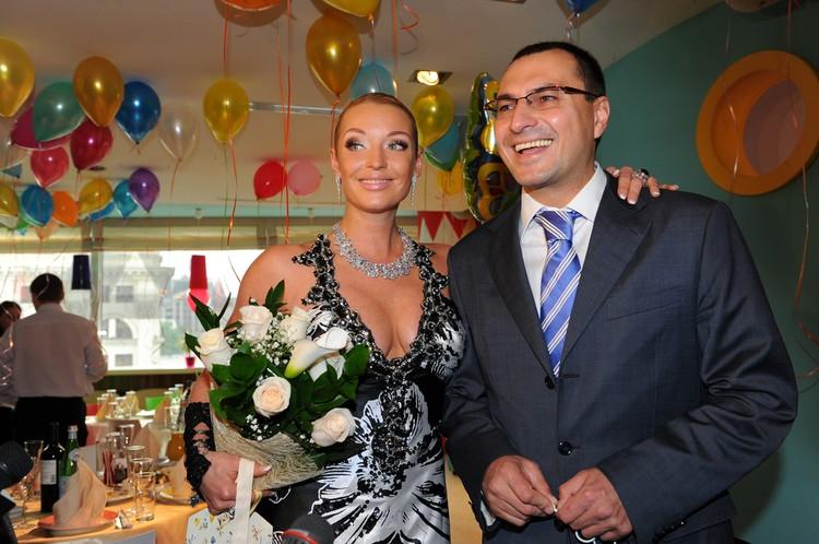 Волочкова впервые рассказала, как ее муж попал в секту