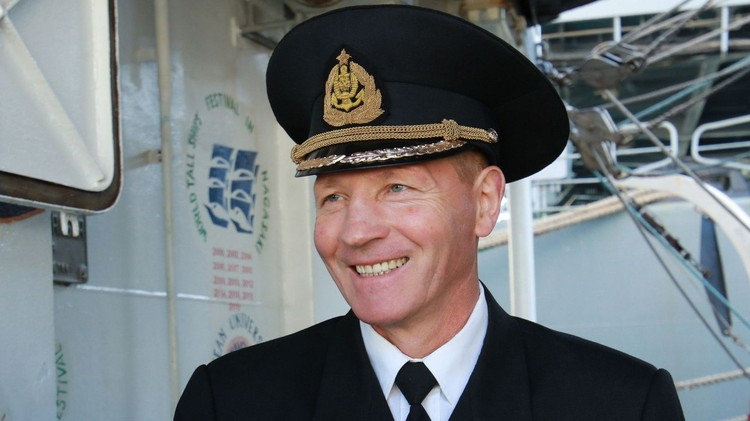 Старший механик УПС «Паллада» Петр Холдобо