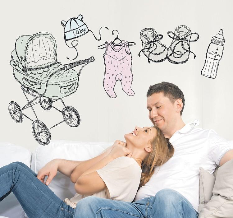 Появление ребенка для многих бездетных семей - смысл жизни. И ради малыша никаких денег не жалко.