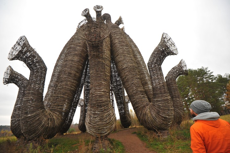 Многие арт-объекты Никола-Ленивца стали знаковыми для современной культуры