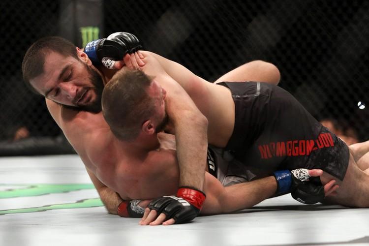 Двоюродный брат Хабиба Нурамагомедова Абубакар Нурмагомедов в дебютном бою UFC потерпел поражение от Дэвида Завады.