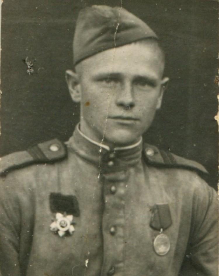 Виктор Бухвалов закончил войну в Кёнигсберге.