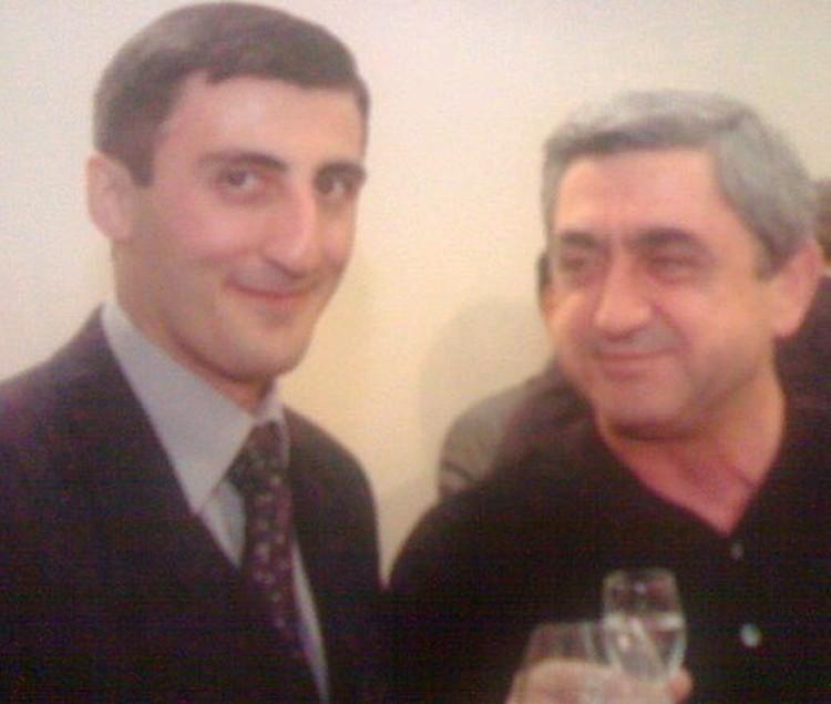 Ашот Болян с бывшим президентом Армении Сержом Саргсяном.
