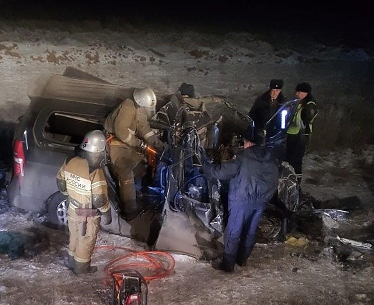 На месте аварии работали спасатели Фото: соцсети