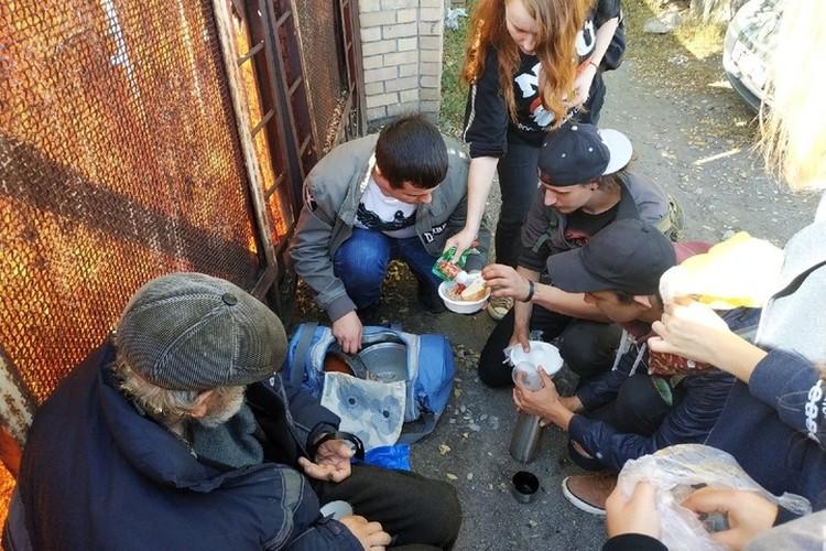 Еду студенты готовят сами. Фото: архив героев публикации